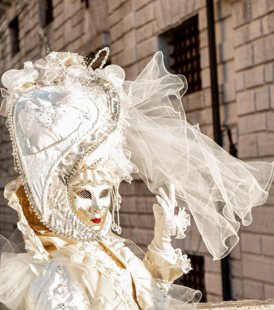 Maska beneškega karnevala